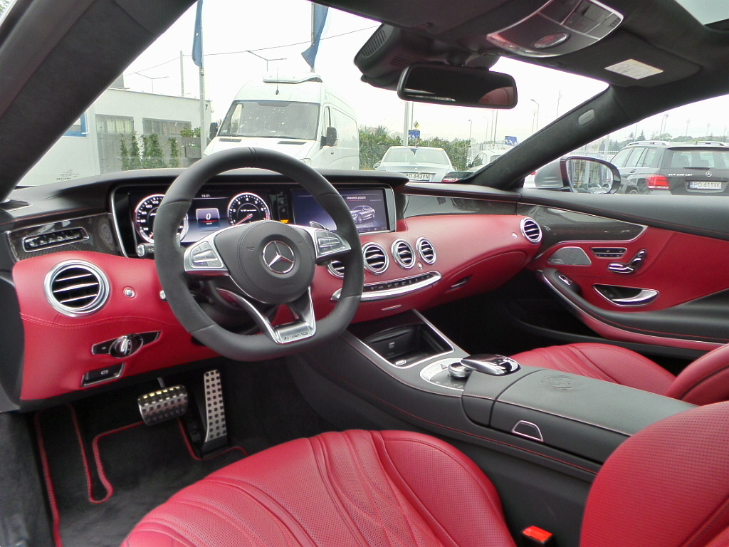 Mercedes Benz S63 Amg Coupe 4m Edition One Swarovski