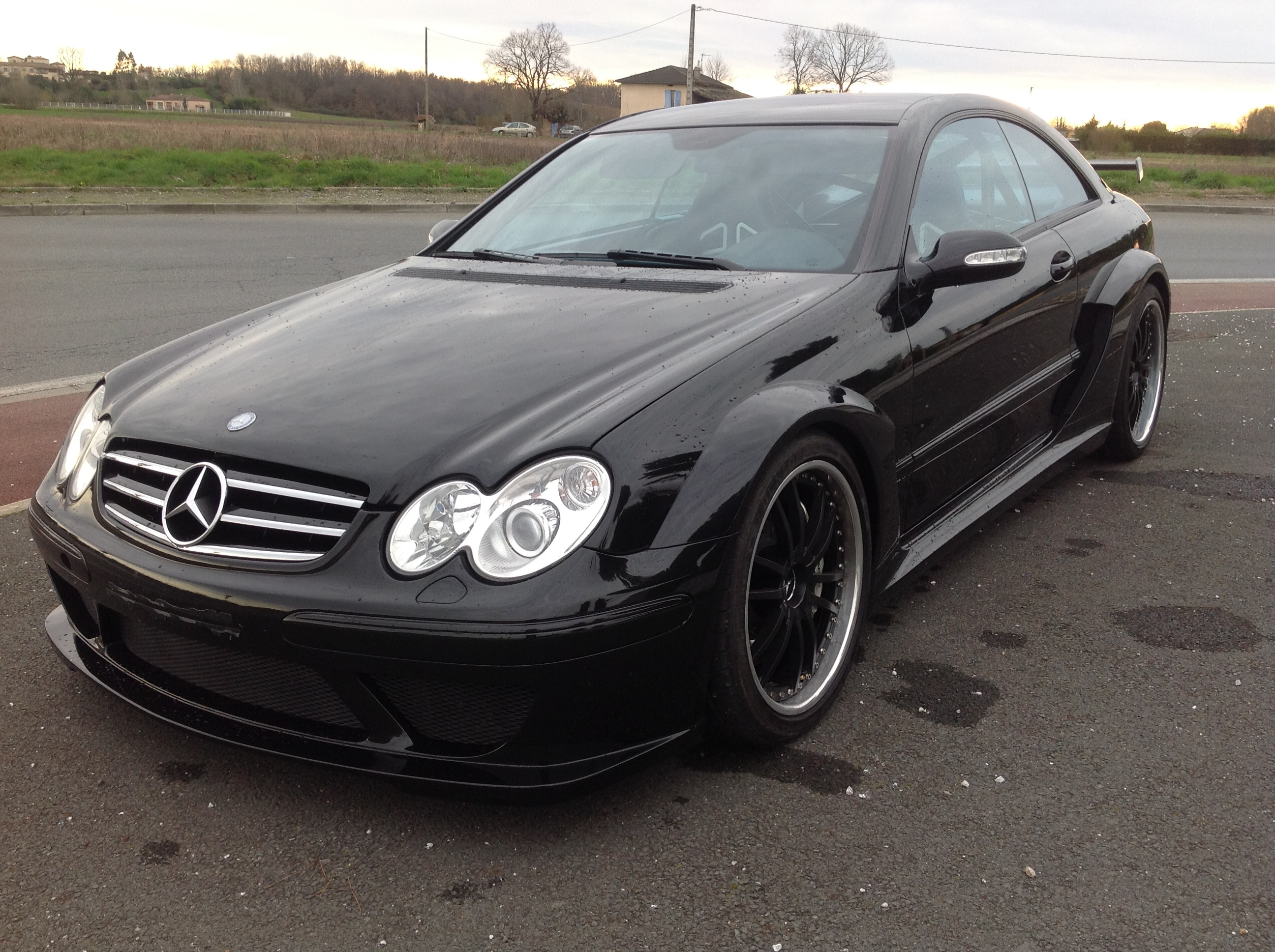 mercedes clk dtm amg coupe 100 exemplaire buy aircrafts. Black Bedroom Furniture Sets. Home Design Ideas