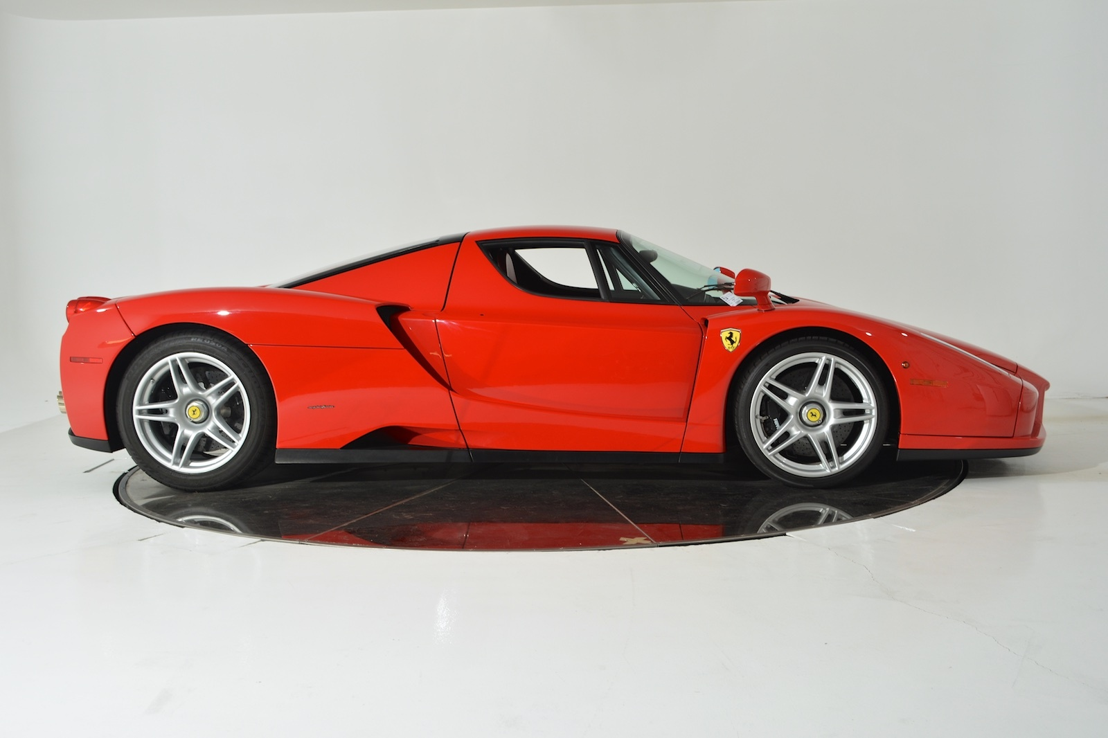 2003 ferrari enzo for sale buy aircrafts. Black Bedroom Furniture Sets. Home Design Ideas