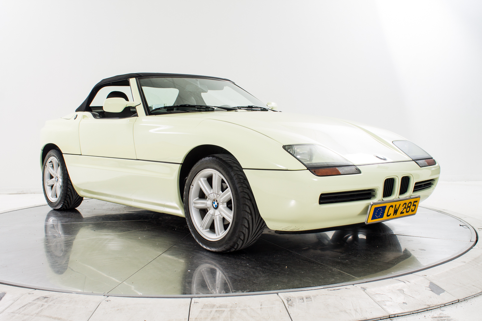 1990 bmw z1 fuel engine buy aircrafts. Black Bedroom Furniture Sets. Home Design Ideas