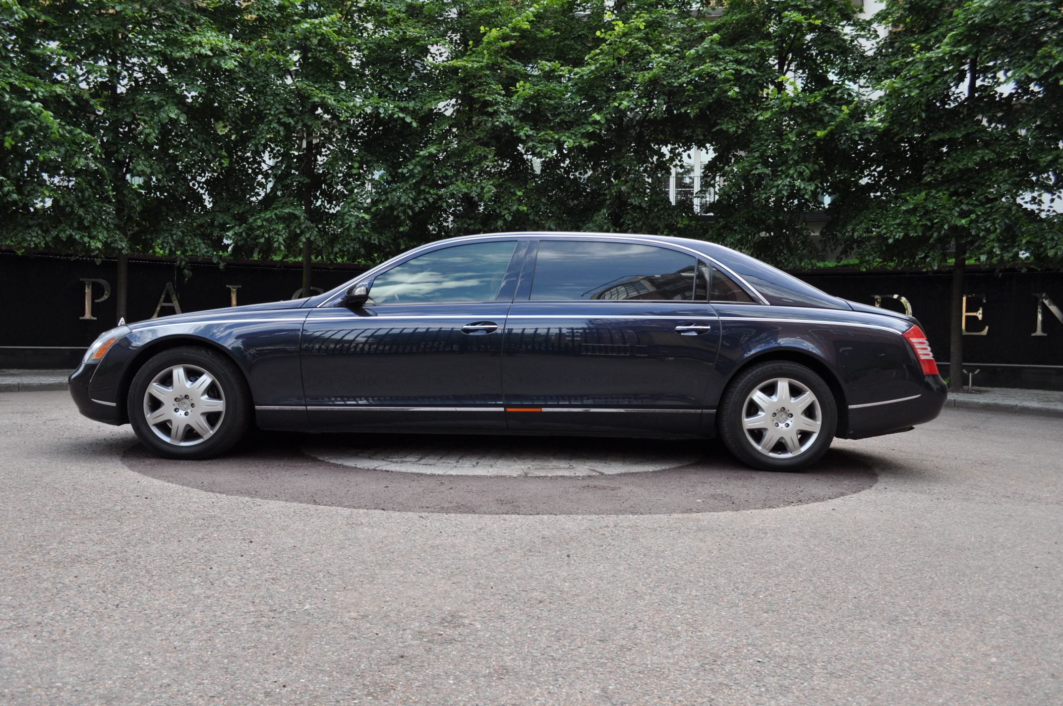 Maybach 62 Partition For Sale Buy Aircrafts