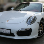 Porsche 911 Turbo S 2014 White/Red 9,000 KM | Warranty Till Oct 2015^