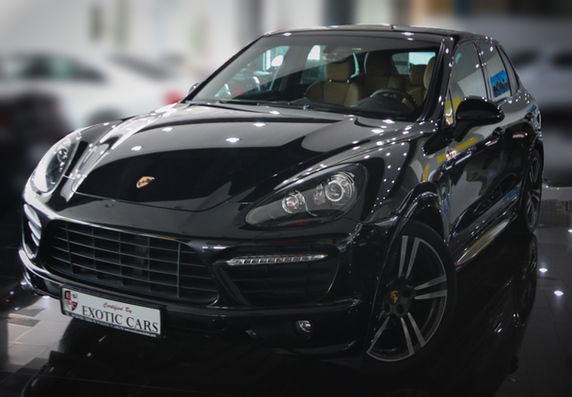 porsche cayenne gts 2014 black tan 21 000 km warranty till april 2017 buy aircrafts. Black Bedroom Furniture Sets. Home Design Ideas
